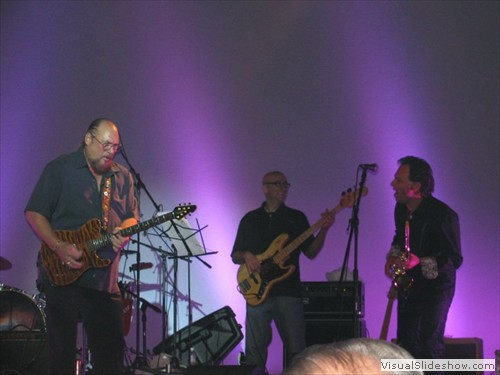 Soul Soup backing Steve Cropper